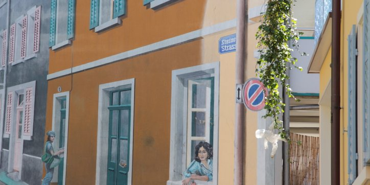 farbe gegen farbe gegen wnde rund euro schaden sthetische inspiration alpina kchen und. Black Bedroom Furniture Sets. Home Design Ideas